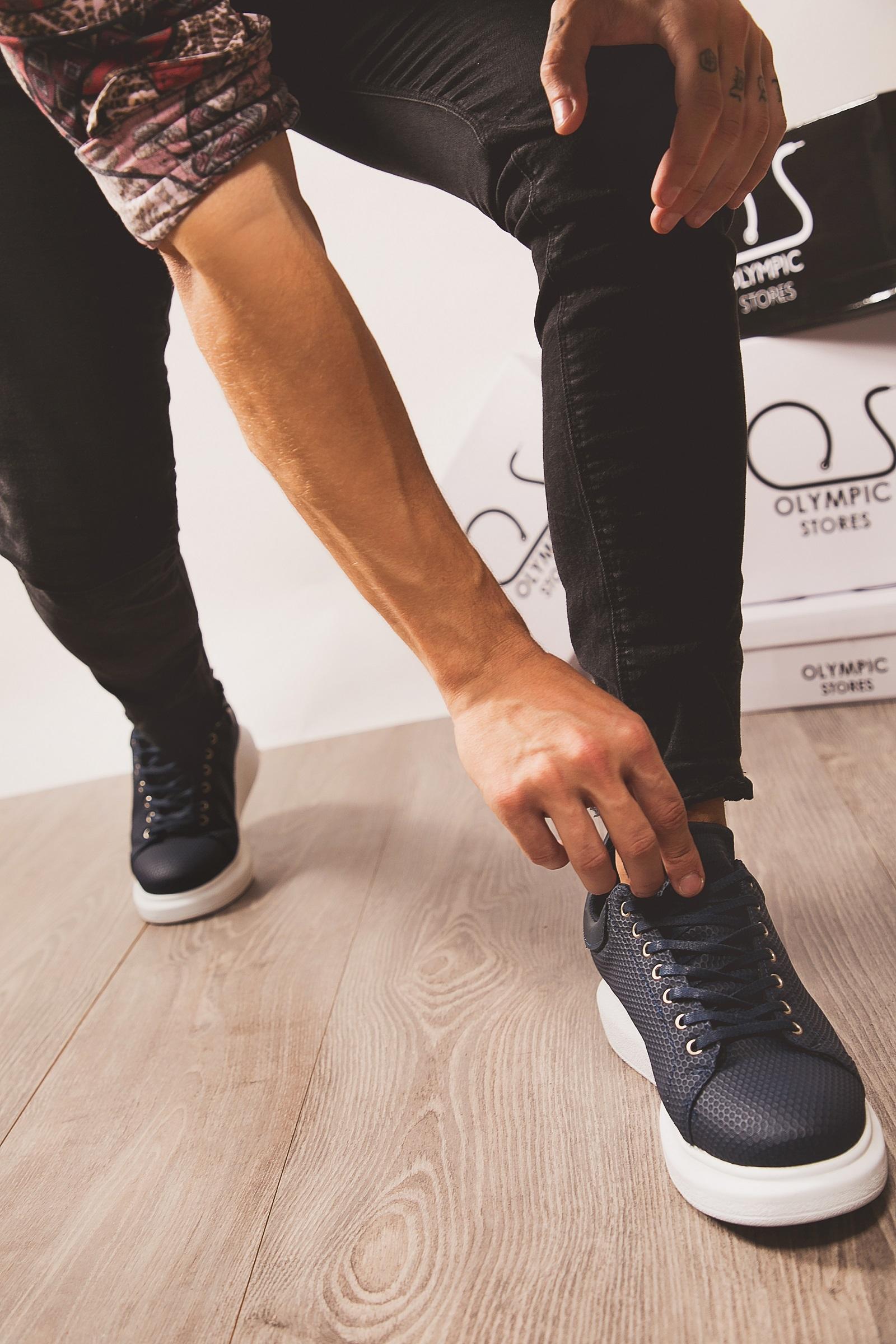 a9952866d0b Το στυλ δεν έχει ηλικία, γι'αυτό και στα Olympic Stores θα βρείτε παπούτσια  για τα παιδιά σας, που θα τα θέλουν όλα! Πιο συγκεκριμένα, για τα κοριτσάκια  ...