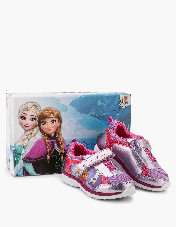 cdfc9841d67 Τα παπούτσια των Olympic Stores συνδυάζουν στυλ και άνεση και μπορούν να  φορεθούν όλες τις ώρες της ημέρας και σε όλες τις περιστάσεις και σίγουρα  δεν ...