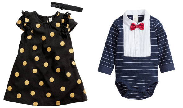bb778437257 Κορίτσι: Ζέρσεϊ φόρεμα με κορδέλα, μεγέθη: 4 μηνών έως 2 ετών, τιμή: 9,99  ευρώ. Αγόρι: Ζέρσεϊ φορμάκι, μεγέθη: 4 μηνών έως 2 ετών, τιμή: 9,99 ευρώ.