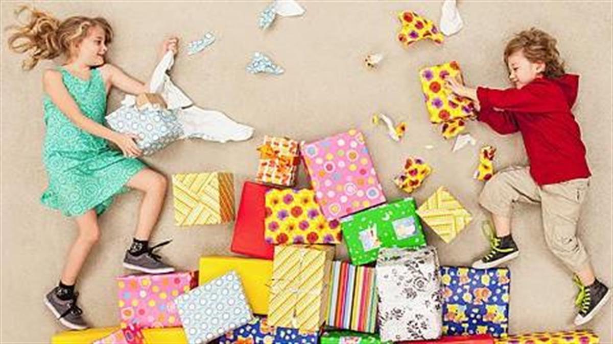 5 λάθος αφορμές που παίρνουμε δώρα στα παιδιά