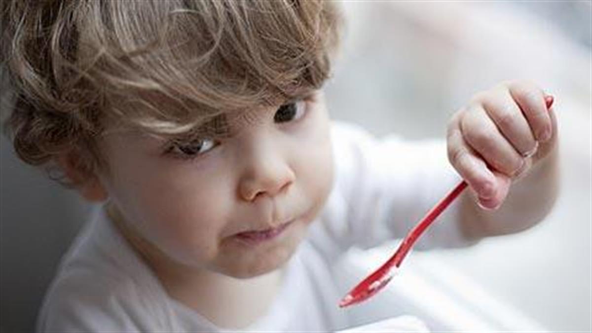 Οι τροφές που θα βοηθήσουν το παιδί να κοιμηθεί πιο εύκολα