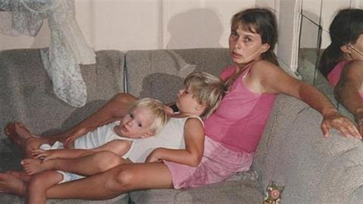 Το μήνυμα μιας μαμάς που απέδρασε από τον εφιάλτη της ενδοοικογενειακής βίας