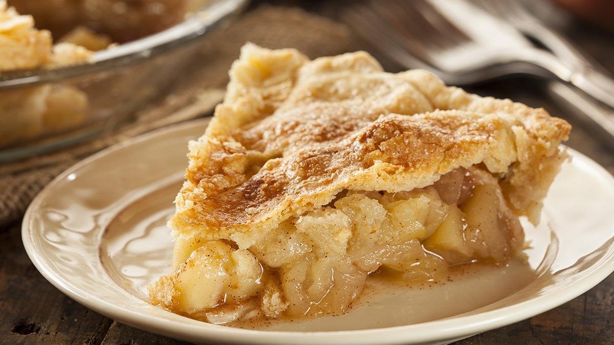 Πώς να φτιάξετε την πιοαφράτη και εύκολη μηλόπιτα του κόσμου!