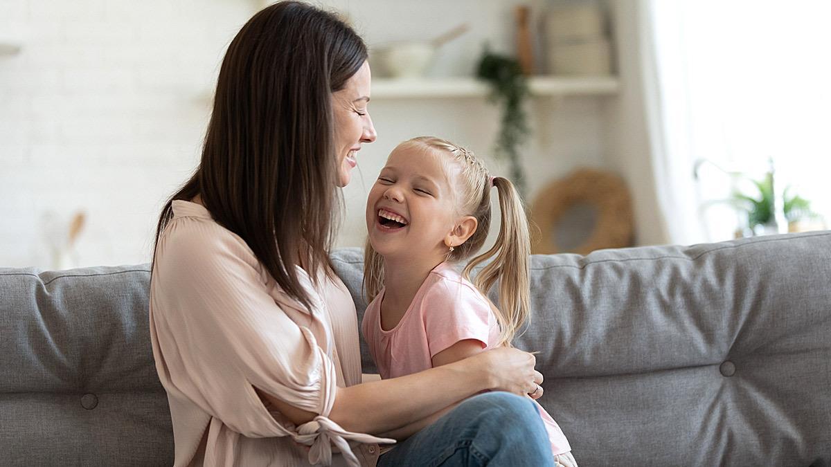 Μεγαλώνοντας τη γυναίκα του μέλλοντος: 3 πολύτιμες συμβουλές για κοριτσομαμάδες