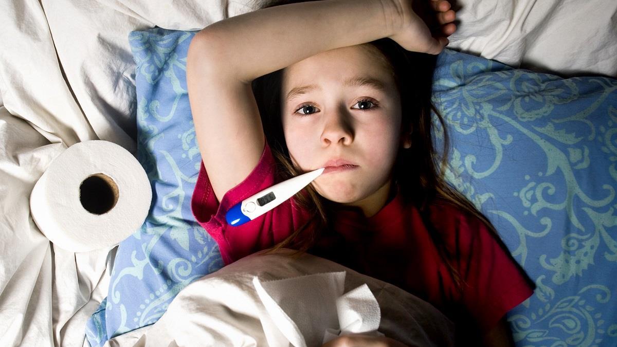 Κορονοϊός, γρίπη, κρυολόγημα: Τα διαφορετικά συμπτώματα(πίνακας)