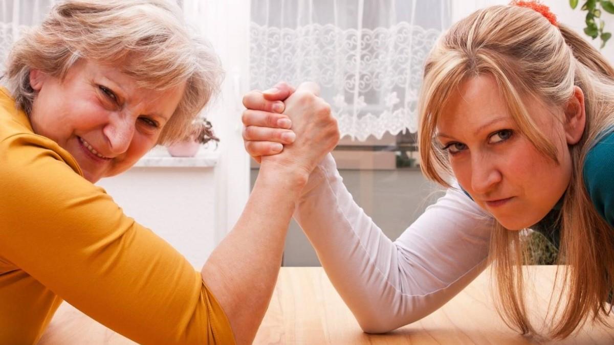 12 θανάσιμες πεθερές: πες μου τι ζώδιο είναι, να σου πώς να την κάνεις... αρνάκι