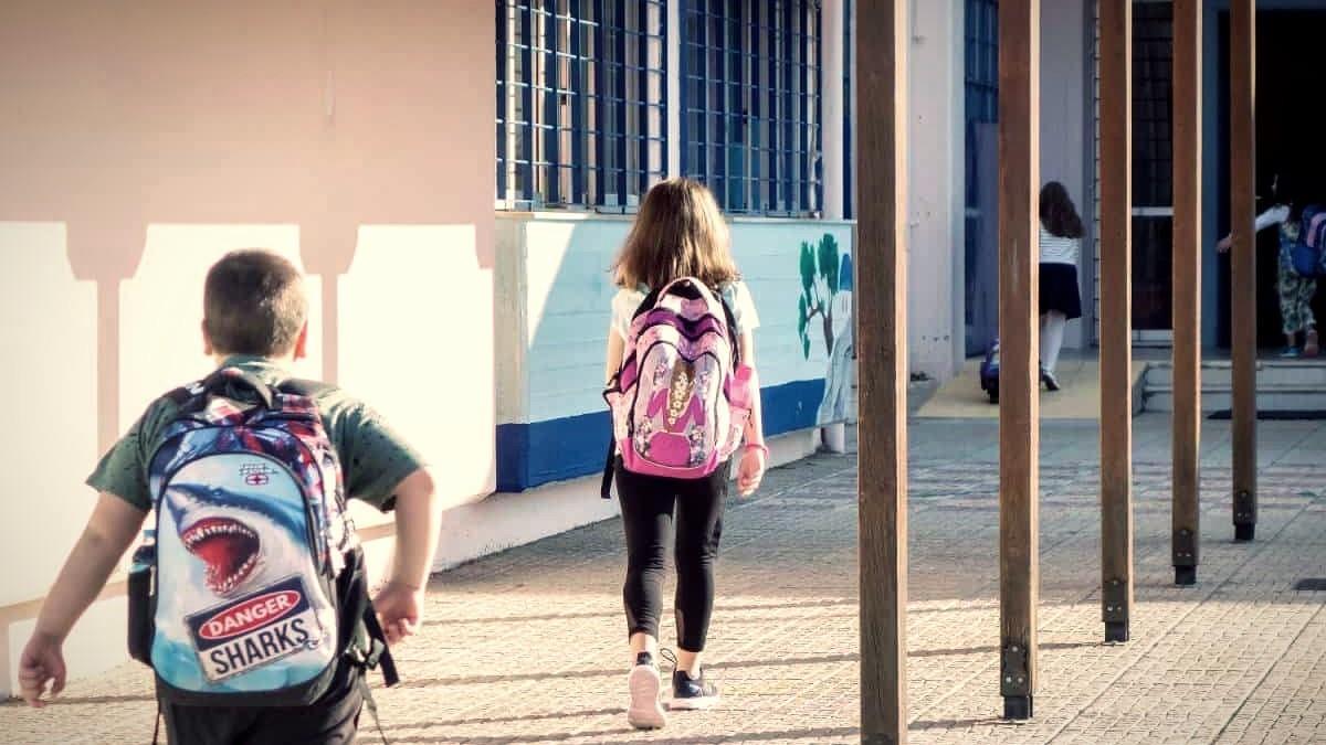 Άνοιγμα σχολείων: μετά τις γιορτές λένε ειδικοί και καθηγητές
