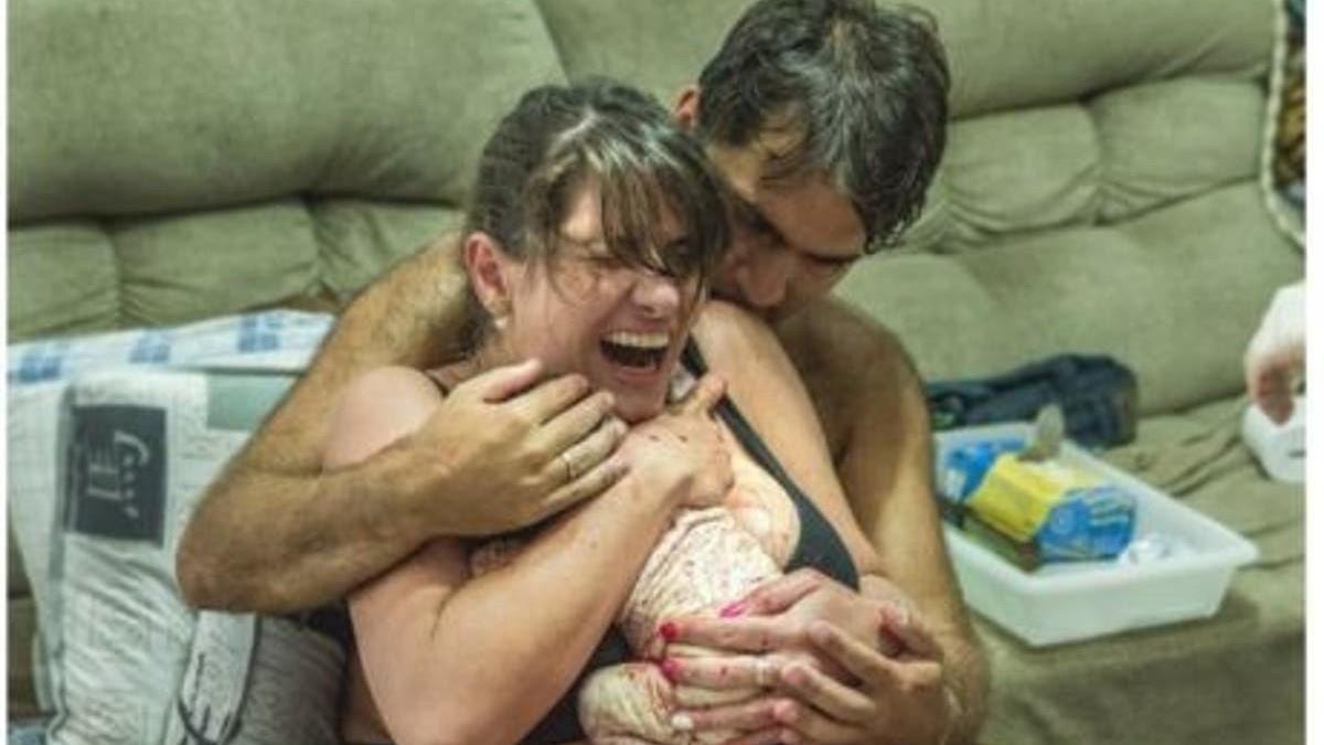 Στην γέννα το στήριγμά σου είναι ο άνθρωπός σου:12 φωτογραφίες που το αποδεικνύουν