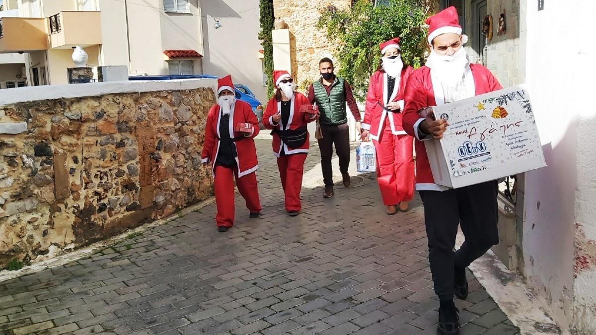 Κρήτη: Άη Βασίλιδες μοίρασαν «Κουτιά Αγαπης» σε 400 οικογένειες που έχουν ανάγκη