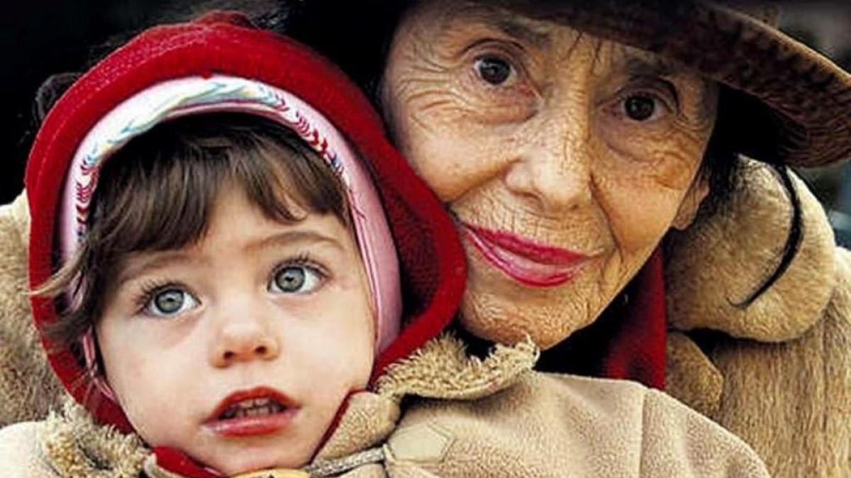 Γέννησε στα 66 της και δέχτηκε κατακραυγή, αλλά σήμερα καμαρώνει την υπέροχη κόρη της