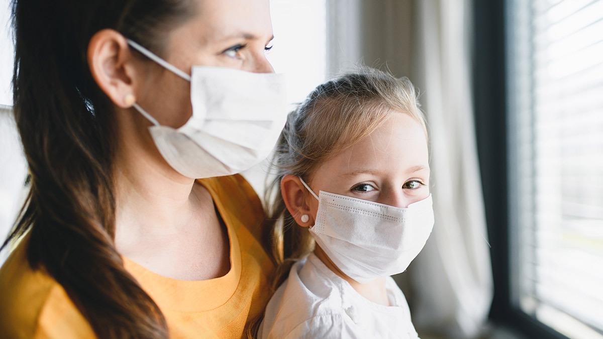 «Σε μερικά χρόνια, ο κορονοϊός θα θεωρείται απλή παιδική λοίμωξη» σύμφωνα με επιστήμονες