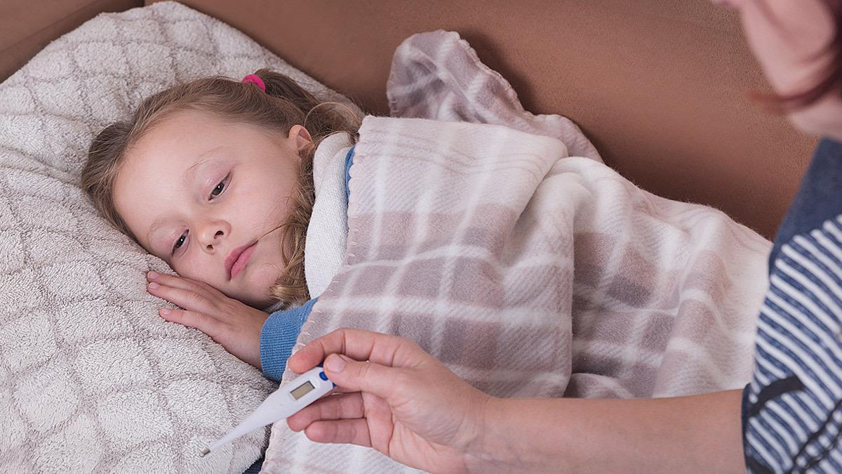 «Μαμάδες, μην στέλνετε άρρωστα τα παιδιά στο σχολείο, ειδικά τώρα με την πανδημία»