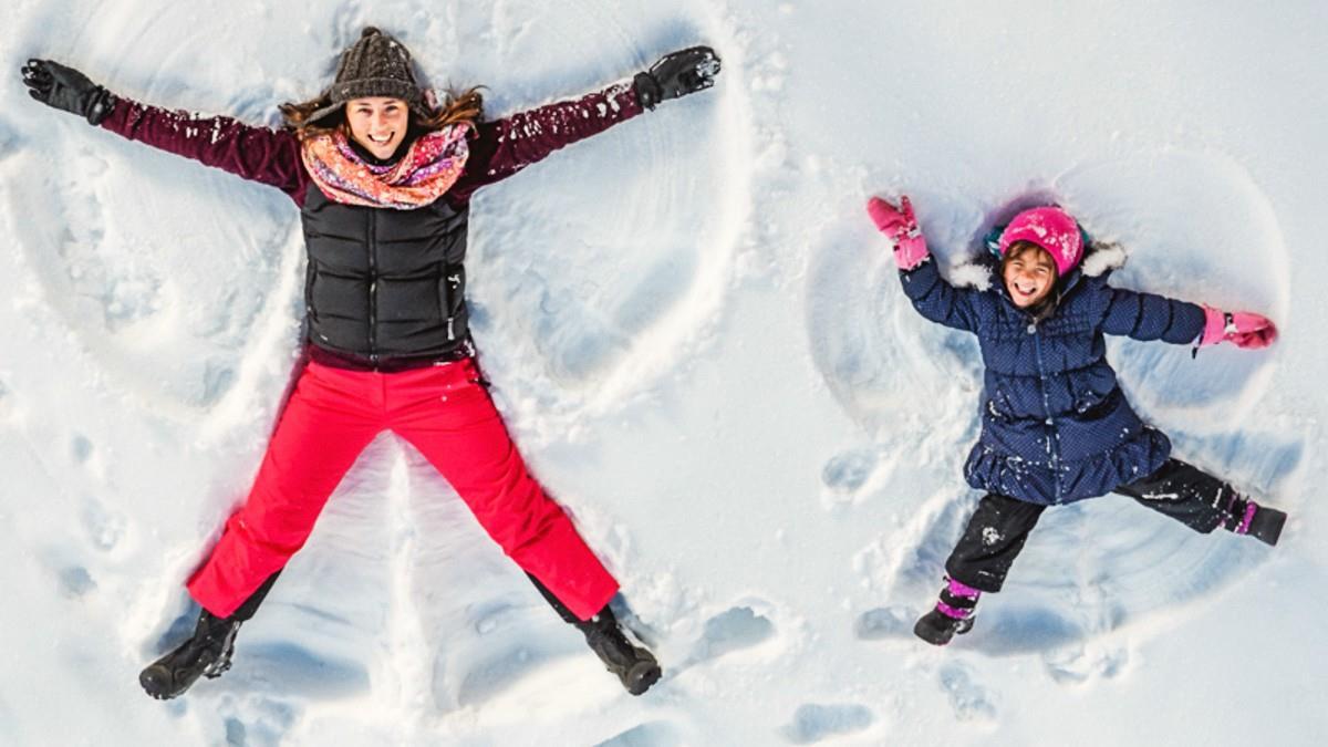Πώς θα χαρούμε με ασφάλεια το χιόνι με τα παιδιά μας!