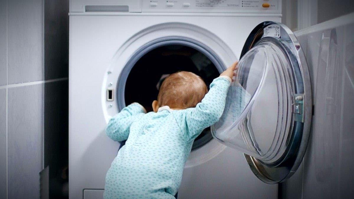 Παιδί προσχολικής ηλικίας βρήκε τραγικό θάνατο μέσα στο πλυντήριο ρούχων