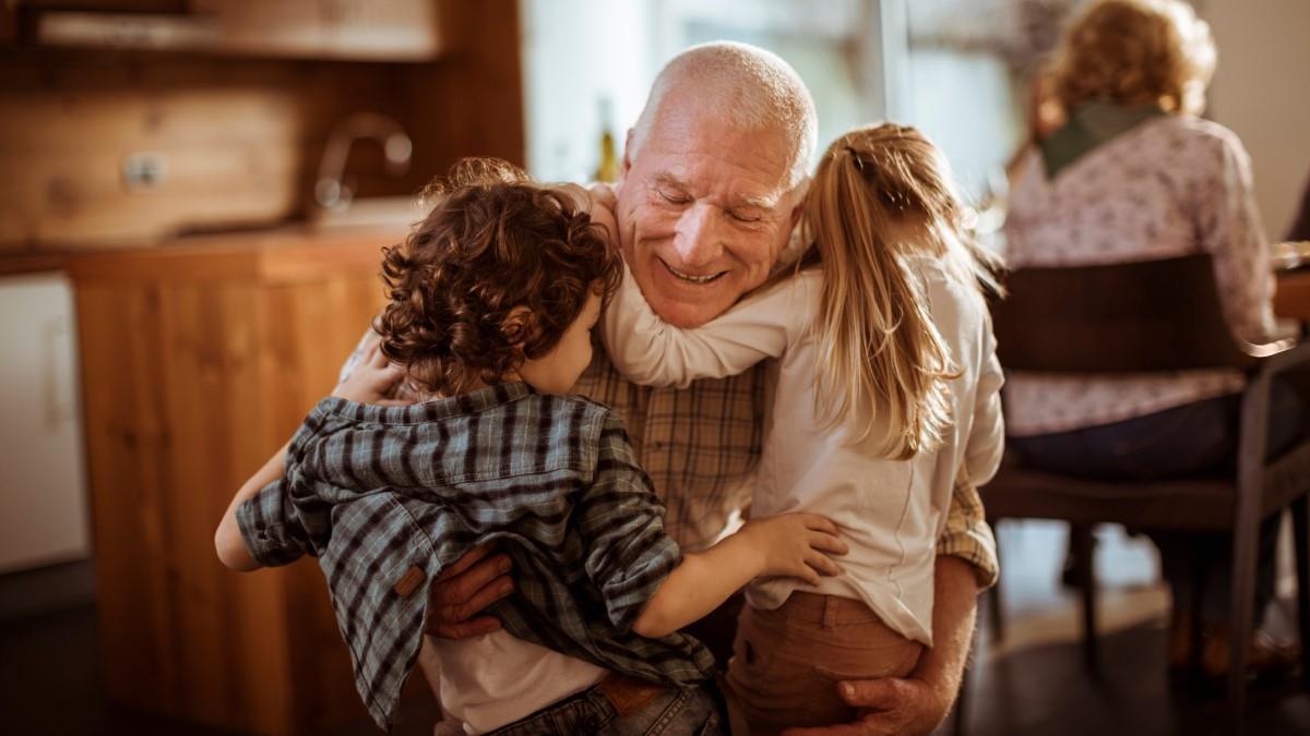 Έρευνα: Η γιαγιά και ο παππούς είναι αναντικατάστατοι