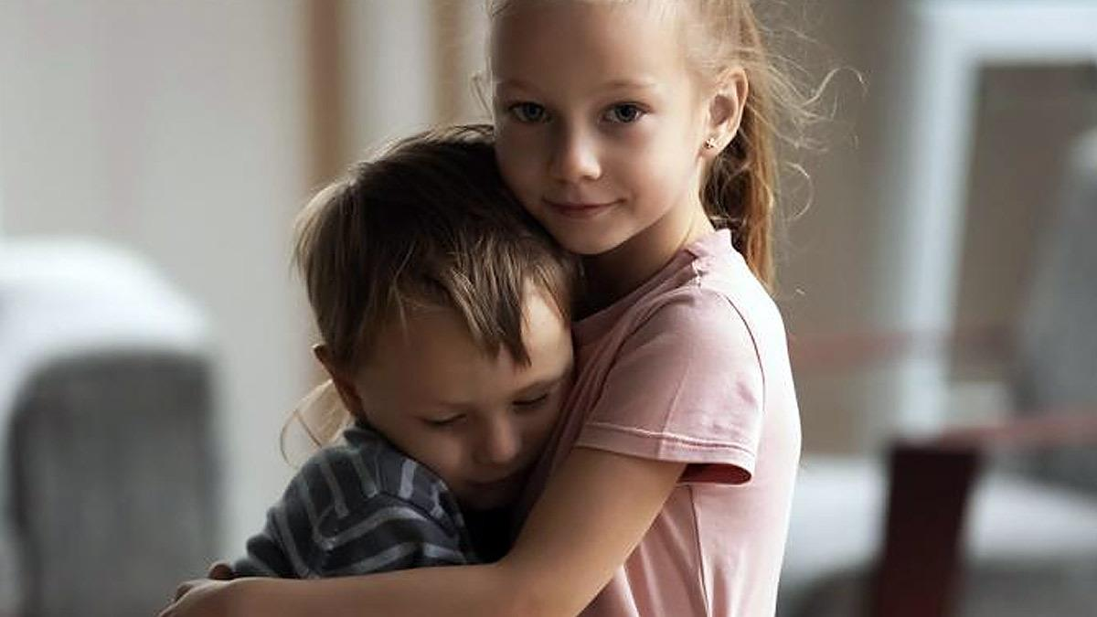 2χρονο αγοράκι γίνεται δότης μυελού των οστών για να σώσει τη μεγάλη του αδερφή