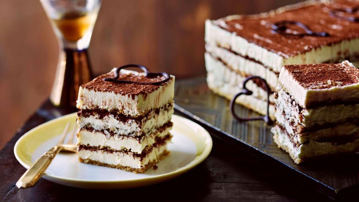 Λαχταριστό κέικ τιραμισού, εύκολο και γρήγορο