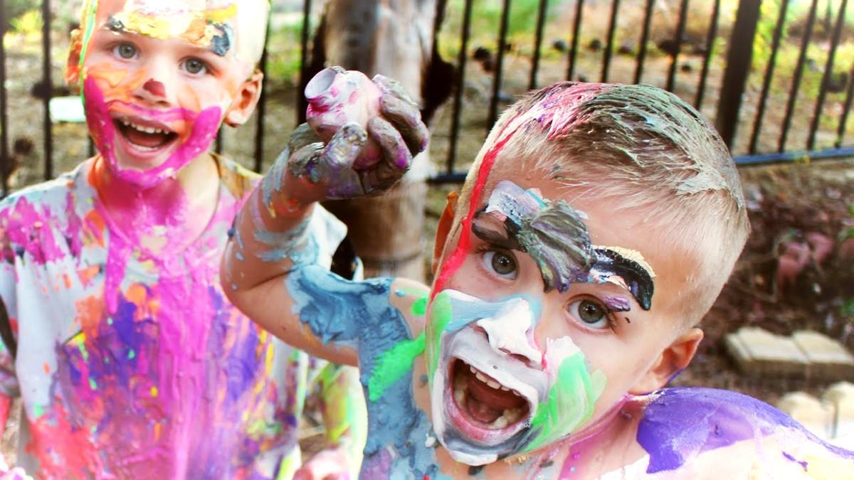 Το αξιολάτρευτο χάος του να μεγαλώνεις παιδιά σε 10 απίστευτες φωτογραφίες