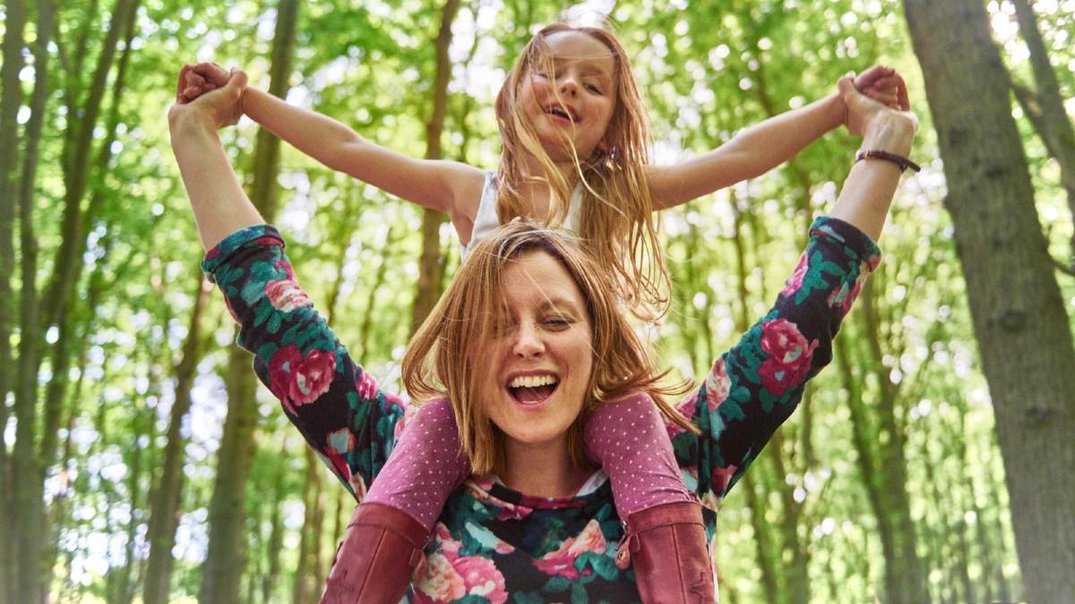 Πώς φανταζόμουν τον εαυτό μου ως μαμά όταν ήμουν παιδί (καμία σχέση!)