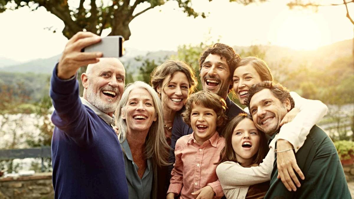 Η οικογένεια είναι τα θεμέλια που χρειάζεσαι για να χτίσεις μια ευτυχισμένη ζωή