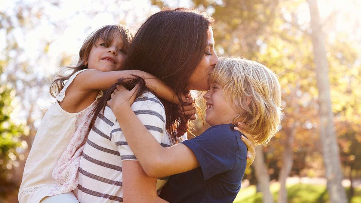 Γονείς, γίνετε αυτό που θα θέλατε να γίνουν τα παιδιά σας πριν να είναι αργά
