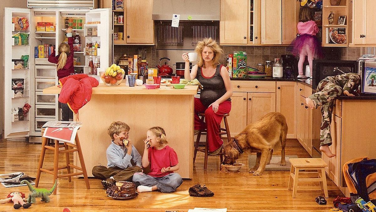 Για 17 λεπτά το πολύ μένει καθαρό το σπίτι των περισσότερων μαμάδων σύμφωνα με έρευνα