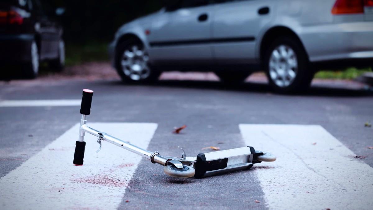 Βόλος: Ασυνείδητος οδηγός παρέσυρε 5χρονο με πατίνι και το εγκατέλειψε χτυπημένο