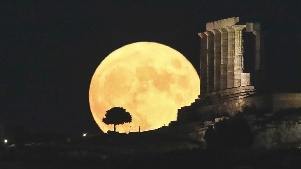 Αυγουστιάτικη πανσέληνος: δωρεάν εορταστικές εκδηλώσεις σε όλη την Ελλάδα