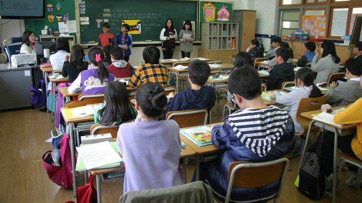 Σχολεία: Τι θα συμβαίνει σε περίπτωση κρούσματος - Πότε μπαίνουν σε καραντίνα οι μαθητές