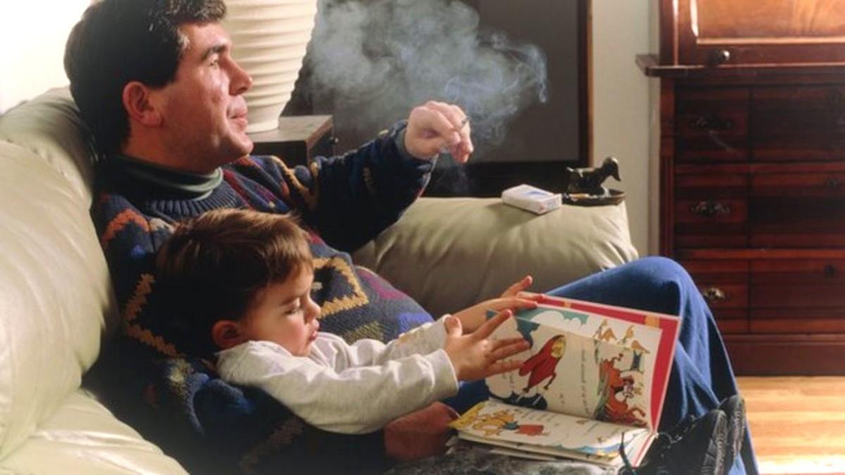 Όχι σε επιχειρήματα τύπου «και που οι γονείς μας κάπνιζαν στο σπίτι τι πάθαμε;»