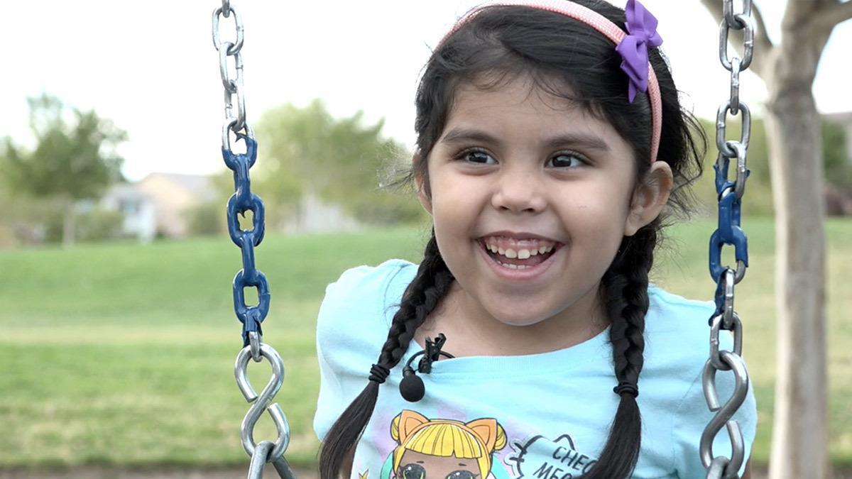 Mαμά δωρίζει ήπαρ για να σώσει τη ζωή της 5χρονης κόρης της