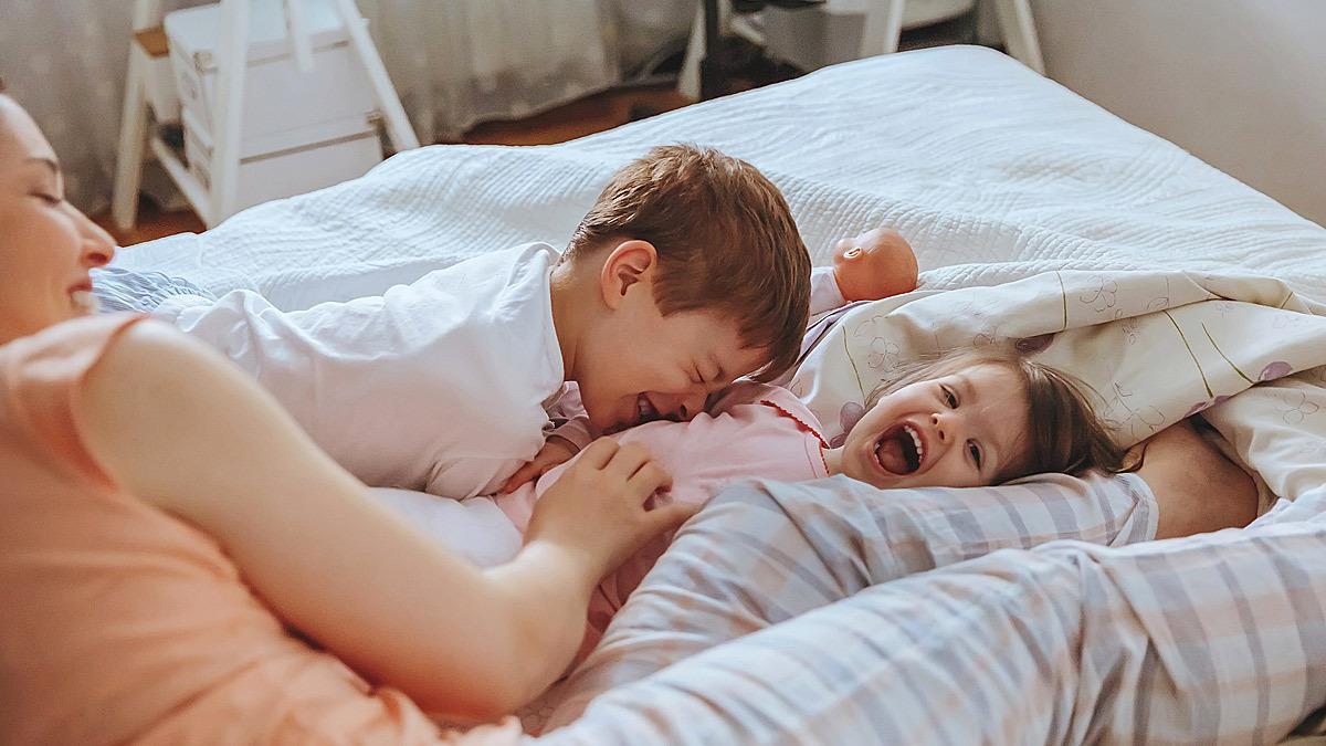 Tα παιδιά δε χρειάζονται πολλά για να είναι ευτυχισμένα παρά μόνο την αγάπη μας