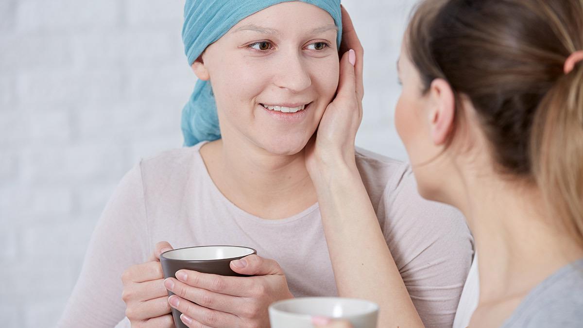 Ο καρκίνος με έκανε να συνειδητοποιήσω ποιες είναι οι αληθινές μου φίλες