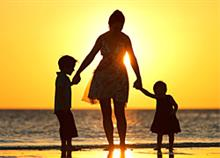 6 μαμάδες μιλούν για τη Γιορτή της Μητέρας