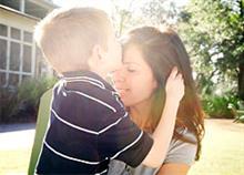 Τι χρειάζεται μια μαμά για να είναι χαρούμενη;