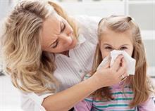 Πώς να ανακουφίσετε το παιδί στο σπίτι όταν είναι άρρωστο
