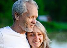Τα πλεονεκτήματα και τα προβλήματα της σχέσης με μεγαλύτερο άνδρα