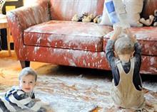 Παιδιά μόνα στο σπίτι: 11 φωτογραφίες για γονείς με γερά νεύρα