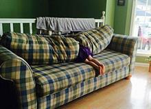 Αστείες φωτογραφίες παιδιών που… νομίζουν ότι παίζουν κρυφτό!