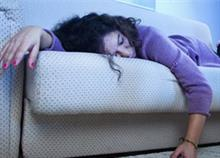 Γιατί είναι εξαντλημένοι οι γονείς με μικρά παιδιά
