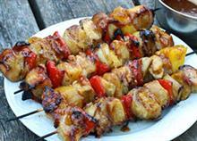 Συνταγή για σουβλάκια κουτόπουλο που σίγουρα δεν έχετε ξαναδοκιμάσει!