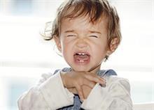 5 φράσεις που σταματούν το κλάμα και την γκρίνια των παιδιών