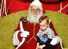 Οι χειρότερες φωτογραφίες παιδιών με τον Άγιο Βασίλη!