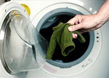 Το τέλειο κόλπο για να επαναφέρετε τα μάλλινα που «μπήκαν» στο πλύσιμο