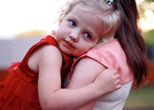 Τι είναι ο «Γονέας-Ελικόπτερο» και γιατί κάνει κακό στο παιδί του