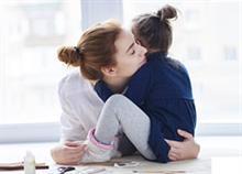 Πώς να είστε ένας γονιός με σταθερότητα και συνέπεια