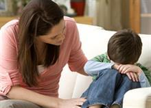 «Μαμά, δεν μπορώ να το κάνω»: Γιατί πρέπει να αφήσουμε το παιδί να αποτύχει