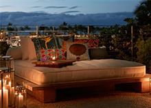 Πώς να φέρετε το καλοκαίρι στο μπαλκόνι σας