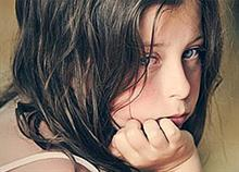 Πώς κόβουμε τα φτερά των παιδιών μας χωρίς να το καταλαβαίνουμε