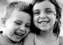 6 λόγοι που είναι ωραίο να έχεις παιδιά με μικρή διαφορά ηλικίας